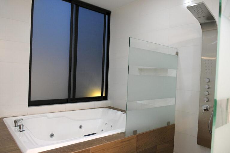 conmar-portugues-baños-03
